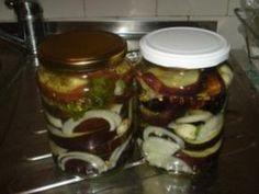 Vinete murate cu usturoi si ceapa Eggplant, Pickles, Cucumber, Pantry, Salsa, Favorite Recipes, Jar, Cooking, Roman