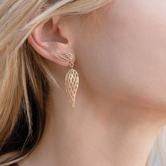 Wings openwork pending earrings – wear a pure symbol of freedom and knowledge! #lilou #wings #openwork #pending #earrings #les #ailes #carnival #ball