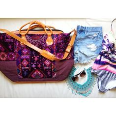 I've had  my eye on one of Nena and Co's weekender bag! I would travel to Thailand with this beautifully hip bag. It'd fit all my needs and Thailand is definitely next on our vacation list! #nenaandco #travelbag