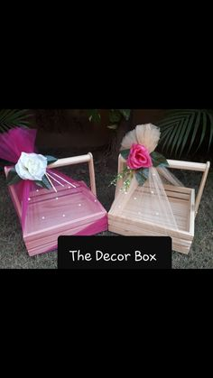 Indian Wedding Gifts, Creative Wedding Gifts, Desi Wedding Decor, Wedding Crafts, Diy Wedding Decorations, Diy Gift Box, Diy Gifts, Wedding Gift Hampers, Bridal Gift Wrapping Ideas