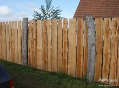 Hlavní fotografie k inzerátu Přírodní ploty a stavby