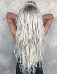 Silver Color Ideas with Top Knot Hairstyles Trends 2018