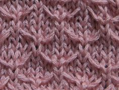 Finally i found the beautiful Quilted Lattice Stitch, perfect for scarfs..