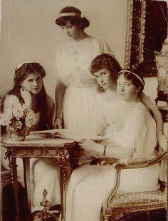 The daughters of Czar Nicholas II. Grand Duchesses Maria, Tatiana,  Anastasia & Olga Nikolaevna.