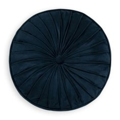 Velvet brings style, depth and easy going beauty to your bedroom. Made to last, velvet is highly sought after for its feeling of casual opulence as well as its durability. These round velvet bed scatter pillows bring your velvet obsession to the bedroom. Velvet Bed, Pillows, Bedroom, Casual, Easy, Home Decor, Style, Swag, Decoration Home