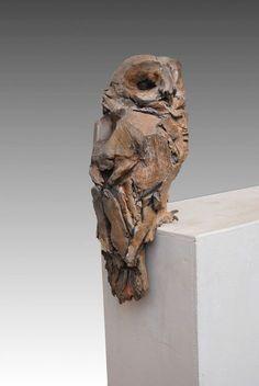Jean-François Gambino owl, like the roughness of it… Ceramic Birds, Ceramic Animals, Ceramic Art, Sculptures Céramiques, Art Sculpture, Driftwood Sculpture, Driftwood Art, Art Japonais, Paperclay