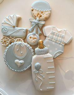 Baby boy shower cookies baby shower ideas in 2019 идеи для baby sho Fancy Cookies, Iced Cookies, Cupcake Cookies, Cookies Et Biscuits, Sugar Cookies, Cookie Favors, Flower Cookies, Heart Cookies, Valentine Cookies