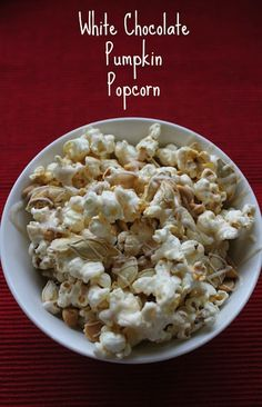 White Chocolate Pumpkin Popcorn - White Lights on Wednesday (without the pumpkin seeds would be a ton less work and still almost as good. This one sounds interesting for sure! Wonder how you could add actual pumpkin in there. Popcorn Snacks, Flavored Popcorn, Popcorn Recipes, Snack Recipes, Sweet Popcorn, Popcorn Bar, Gourmet Popcorn, Pumpkin Recipes, Fall Recipes