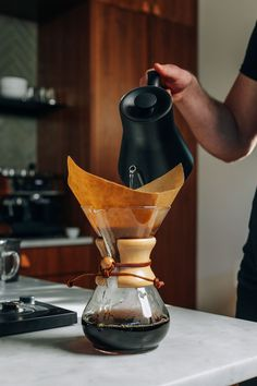 Our favorite way to make pour-over coffee at home that's perfect every time. Step-by-step instructions plus product recommendations! Iced Coffee At Home, Coffee Love, Coffee Shop, Hot Coffee, Pouring Coffee, Drip Coffee, Barista, Bloom Coffee, Coffee Brewing Methods