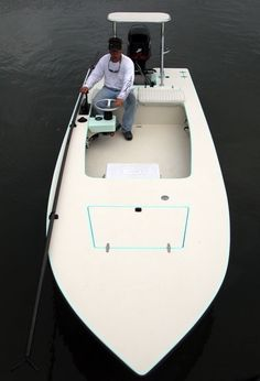 The World's Finest Skiffs Fly Fishing Boats, Fishing Rigs, Fishing Stuff, Fishing Guide, Saltwater Boats, Saltwater Fishing, Aluminium Boats, Flats Boats, Tiny Boat
