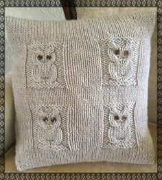 These 4 cute owls will soon become firm friends when they come to live in your house!The pattern is easy
