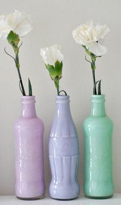 DIY: Decoración con botes de cristal pintados   En el cajón del tocador