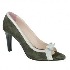 Sandale LILIUM verde Peeps, Peep Toe, Shoes, Fashion, Green, Sandals, Moda, Shoes Outlet, Fashion Styles