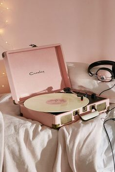 Ballet pink stylish chic record player for albums! They're making a comeback you know. Crosley X UO Cruiser Briefcase Portable Vinyl Record Player - Urban Outfitters Collage Mural, Bedroom Wall Collage, Photo Wall Collage, Picture Wall, Bedroom Decor, Bedroom Ideas, Bedroom Inspiration, Moodboard Inspiration, Bedroom Storage