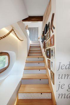 Apartment For A Graphic Designer
