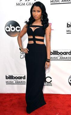 Nicki Minaj looks simply divine in her black gown.
