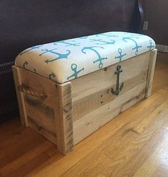 Boîte à jouets Nautical Anchor Hope chest Bench de Entryway Bench Storage, Diy Storage, Storage Trunk, Storage Chest, Bedroom Storage, Diy Bedroom, Bedroom Kids, Trendy Bedroom, Outdoor Storage