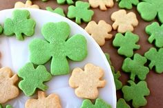 SugaryWinzy Shamrock Shortbread Cookies