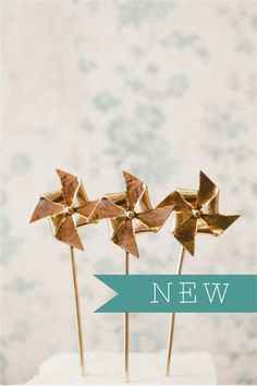 Gold Pinwheel Cake Toppers Lisa Leonard is the bomb. Pinwheel Cake, Pinwheel Wedding, Deco Originale, Golden Birthday, Best Candy, Gold Party, Party Entertainment, Summer Parties, Perfect Party