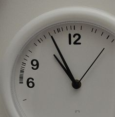 11 Ways to Make #Social #Media #Marketing Less of a Time Suck. Thanks @HubSpot for the great advice!!