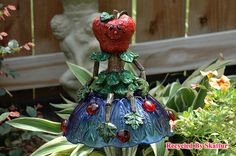 Ali Apple Whimsical Mushroom Sitter / Fine Art / Glass Art / Sculpture / Garden Yard ArtMushroom Sitter Ali Apple is a Whimsical Garden Buddy. Ali Apple is a charmer and loves to hang out in the