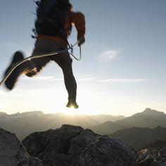 Valmiina haasteeseen? Jos janoat menestystä urallasi, tiedät kenen puoleen kääntyä. Katso avoimet työpaikat osoitteesta http://www.ey.com/FI/fi/Careers/Students/Joining-EY