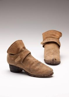 Baroque Fashion, 17th Century, Westerns, Men's Shoes, Footwear, Flats, Celebrities, Style, Couple