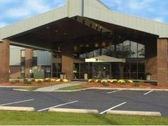 South Bend (IN) Quality Inn United States, North America The 2-star Quality Inn offers comfort and convenience whether you're on business or holiday in South Bend (IN). The hotel offers a wide range of amenities and perks to ensure you have a great time. Facilities like 24-hour front desk, Wi-Fi in public areas, car park, meeting facilities, business center are readily available for you to enjoy. Guestrooms are designed to provide an optimal level of comfort with welcoming dec...