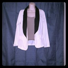 💟SALE💟White Blazer Lightweight white blazer with black trim and pockets.   ??Smoke-free home ??Top Rated Seller, buy with confidence! ??All items packaged with care ??Next Day Shipping before 12am (excludes Sunday) ??All items are VERY gently worn (like ??) or never worn(brand ??) ??Reasonable Offers Accepted (if within 15% of asking) *?BUNDLE AND SAVE ON ITEMS + SHIPPING (15% OFF 2+ ITEMS) ??Share for Share (??Top Sharer) Lovely Day Jackets & Coats Blazers