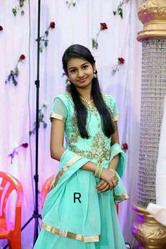 Beauty Full Girl, Beauty Women, Most Beautiful Bollywood Actress, Tamil Girls, Indian Girls Images, Half Saree, Maternity Pictures, Indian Sarees, Sari