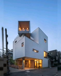 Image 13 of 35 from gallery of White Nest Housing / Plan Architects Office. Photograph by Joonhwan Yoon Small Buildings, Modern Buildings, House Front Design, Modern House Design, Modern Exterior, Exterior Design, Facade Design, Facade Architecture, Classical Architecture