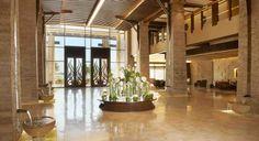 61 El fresno estadounidense recrea los ricos y emblemáticos elementos de la cultura polinesia en el Sofitel The Palm Dubai