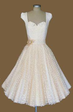 Vestido corto de novia de R. Glyndawood
