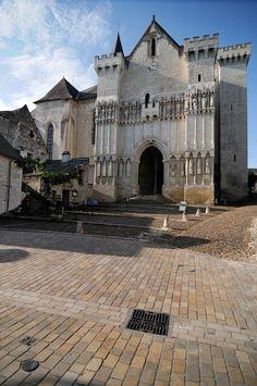 Résultats Google Recherche d'images correspondant à http://media.communes.com/images/orig/centre/indre-et-loire/candes-saint-martin_37500/Candes-Saint-Martin_35520_C.jpg