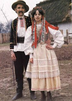 Book Polish Folk Costumes Embroidery in Polish English | eBay
