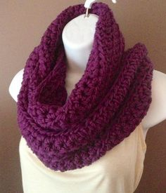crocheted infinity scarves | Crochet Infinity Scarf | Fun Projects to Try... Christmas presents!!! <3