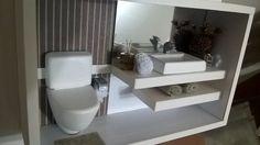 Quadro de banheiro moderno em miniatura
