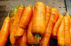 South GA Seed Company specializes in growing and selling Heirloom Seeds. Our Heirloom seeds are NON GMO and open pollinated. We are a Safe Seed Pledge Member. Carrot Varieties, Carrot Seeds, Queen Annes Lace, Harvest Time, Planting Seeds, Detox, Carrots, Food, Lactose