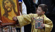 Aceasta este cea mai puternică rugăciune către Iisus pentru bunăstarea ta și a copiilor tăi! - Respect și prietenie Children, Decor, Young Children, Boys, Decoration, Child, Kids, Children's Comics, Decorating