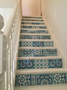 BATOOK DESIGNS: My beautifully restored stairs, in antique white chalk paint and decoupaged Moroccan tiles wallpaper. No more dated carpet on the stairs. It's like a new room! I'm so pleased with the results! one more example Tile Stairs, House Stairs, Stairs No Carpet, Moroccan Tiles, Moroccan Decor, Tile Wallpaper, White Chalk Paint, Creation Deco, Stairways