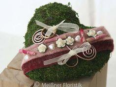 Ringkissen - Ringkissen Moos Herz rosa bordeaux - ein Designerstück von Meissner-Floristik bei DaWanda