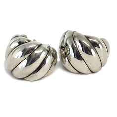 Pre-owned David Yurman Sterling Silver Earrings ($199) ❤ liked on Polyvore featuring jewelry, earrings, david yurman earrings, sterling silver jewelry, david yurman jewellery, david yurman and pre owned jewelry