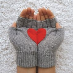 #Sweetheart gloves  charming style #2dayslook #charming style #charmingfashion  www.2dayslook.com
