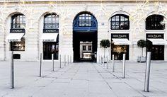 inauguration-du-10-place-vendome-http://www.bestdesignguides.com/luxury-shopping-in-paris-place-vendome-my-coup-de-coeur/