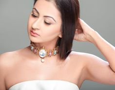 Parneet started her jewelry label @gioielli_jewellery just 3 years ago. With the motto to create jewellery at affordable prices this one is from her latest collection called 'Greek Mythology'. And I cannot give you more reasons to shop this gorgeous choker right away! Just look at it  #GioielliByParneetThukral