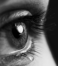 Ideas Eye Photography Black And White Eyelashes Black And White Face, White Eyes, Black And White Pictures, Close Up Faces, Eye Close Up, Sad Eyes, Cool Eyes, Black And White Portraits, Black And White Photography