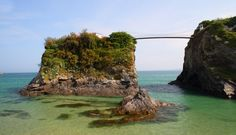 The House in the Sea, Newquay, Cornwall, UK - http://hookedonhouses.net/2013/07/20/the-house-in-the-sea-a-private-island-retreat/