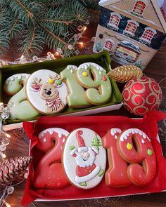 Ideas For Cupcakes Decoration Ideas Christmas Sugar Cookies Pig Cookies, Iced Cookies, Cute Cookies, Royal Icing Cookies, Cupcake Cookies, Cookies Et Biscuits, Cupcakes, Santa Cookies, Christmas Sugar Cookies