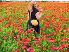 Yellow bag for the summer, trending bag for the perfect dress. Go With Me, Every Girl, My Bags, Poppies, To My Daughter, Yellow, Summer, Dresses, Fashion