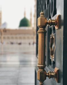 Entrance to the courtyard, Masjid Nabawi, Madinah Muslim Images, Islamic Images, Islamic Pictures, Islamic Art, Islamic Quotes, Mecca Madinah, Mecca Masjid, Masjid Al Haram, Islamic Wallpaper Hd